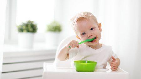 Bebeklere ve Çocuklara Yemek Yeme Alışkanlığı Kazandırma